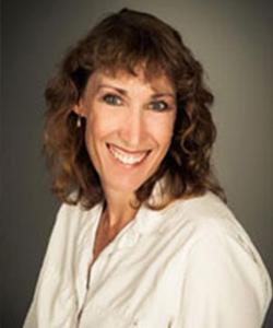 Courtney Farrell